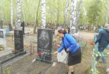 Возложение цветов на могилы ветеранов. 6 мая 2019 года, Пенза