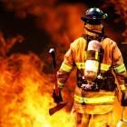 В результате пожара в квартире на Измайлова погиб мужчина. Еще один пострадал