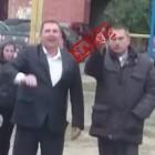 Предвыборные обещания. Депутат Юрий Прошкин похвастался средним пальцем на детском празднике
