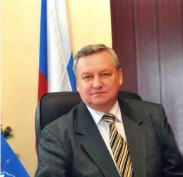 Скончался бывший глава Ленинского района Валерий Равин