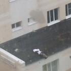 Мужчина, выпавший из окна детской больницы на Бекешской, оказался мигрантом
