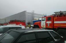Соцсети: «В Пензе на Антонова горит ТЦ «Лента»»