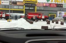 Появились подробности возгорания ТЦ «Лента» на Антонова