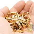 Жительница Пензы подарила мошенницам  деньги и золото,  чтобы снять с себя порчу