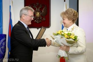 Белозерцев наградил лучших сотрудников прокуратуры