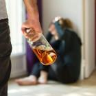 В Пензе пьяный мужчина голыми руками до смерти забил возлюбленную и скрылся