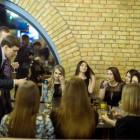 Танцующий миллионер по-пензенски: Павел Маслов провел вечер в «Квадрате» с 13 красотками