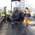 Путепровод на 8 марта ремонтируют при помощи термос-бункера