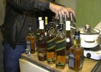 В Чемодановке ночью «троица» вынесла из магазина спиртное на сумму в 10 тысяч рублей