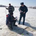 У жителей Пензенской области страсть к ловле рыбы берет верх над инстинктом самосохранения
