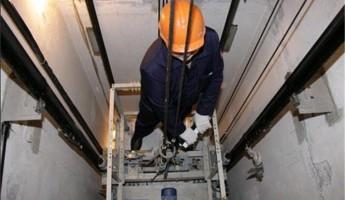 В Пензе приступили к ремонту лифтового оборудования
