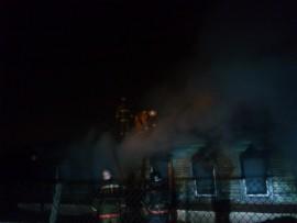 В Кузнецком районе сгорел деревянный жилой дом