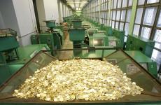 В руках пензенцев появятся купюры номиналом в 200 и 2000 рублей