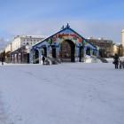 Иван Белозерцев требует чая и музыки на катке перед зданием правительства
