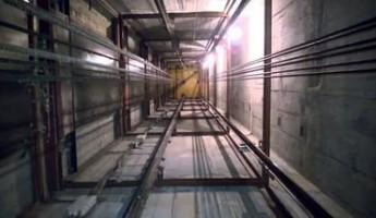 Для жительницы Мордовии поездка в лифте стала последней