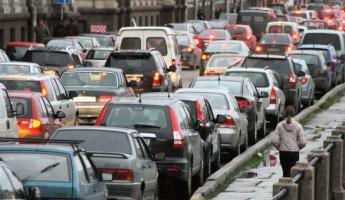 Должникам откажут в регистрации транспортных средств