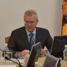 «Сомнительные девушки» прорвались в областное правительство, есть жертвы
