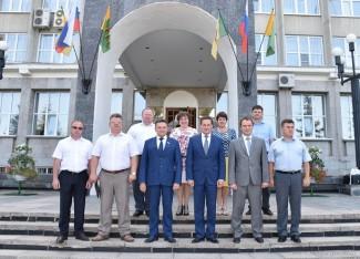 Кувайцев встретил коллег из Ульяновска