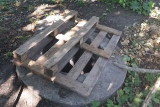 В Пензе дети спускаются в таинственный колодец и устраивают опасные прогулки