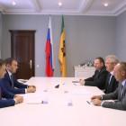 Белозерцев пообещал зампреду Комитета Госдумы Афонину не допустить массового сокращения людей с производства