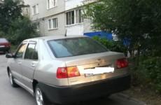 Кузнечанин разочаровал местных жителей после неудачной парковки