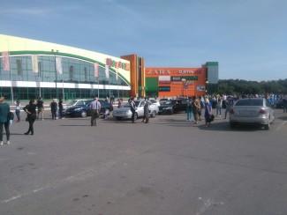 В Пензе экстренно эвакуировали посетителей и персонал ТЦ «Коллаж»