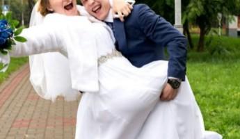 Пензенец Денис Аблязин и его супруга Ксения Семенова отмечают год совместной жизни