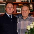 В Пензе сотрудники Росгвардии поздравили ветерана службы с Днем пожилого человека