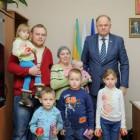 Многодетная семья благодарит Вадима Супикова за оказанную помощь