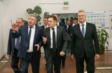 Губернатор Белозерцев и глава «Росатома» Лихачев оценили работу пензенского ПО «Старт»