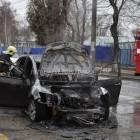 Полыхающая «Мазда» у ПензГТУ сгорела полностью