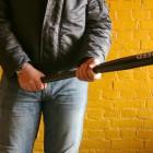 В Пензе рецидивист набросился на мужчину и зверски избил