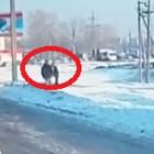 В Пензе водитель напал с кулаками на пешехода