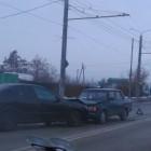 Появилось видео лобового столкновения легковушек в Пензе