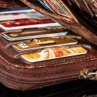 В Пензе на пенсионерку завели уголовное дело за подобранный кошелек в такси