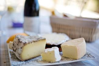 Санкционный сыр, найденный в пензенских супермаркетах, подвергли кремации