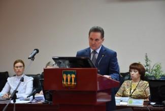 На чем заработал город? Ассоциация городов Поволжья провела подробный анализ работы Кувайцева