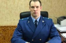 Прокурор Синицын научит молодых кузнечанок правильно дышать