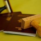 Прокурор Кротов заблокировал продавцов липовых паспортов и справок