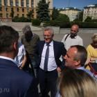 Белозерцев поставил дедлайн для работ по реконструкции площади Ленина