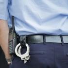 В Пензе полицейский на глазах у свидетелей избил арестанта