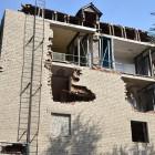Рабочие восстановят кирпичную кладку в аварийном доме на Крупской за две недели