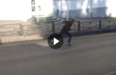 Пензенцев шокировало поведение мужчины, бегавшего по проезжей части