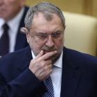 Депутаты Госдумы оказались не готовы отказаться от надбавок