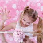 Отобрать конфетку у ребенка. Депутаты хотят оставить детей без сладкого