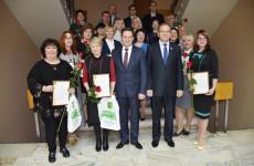 Мэр Пензы наградил одаренных учащихся и их наставников