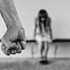 На улице в самом центре Пензы пьяный мужчина изнасиловал девушку