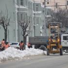 Миграция снегоуборочных машин. Чиновники Пензы и Саратова запутались, кто кому помогает убираться