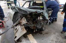 Юношу, пострадавшего в ДТП под Пензой, вырезали из машины специнструментом