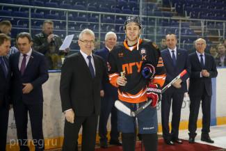 Студенты пензенских вузов поборются за Кубок губернатора по хоккею